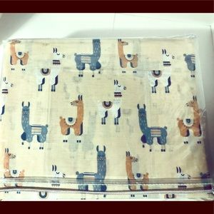 Llama Sheets - Queen Size. New in pkg.